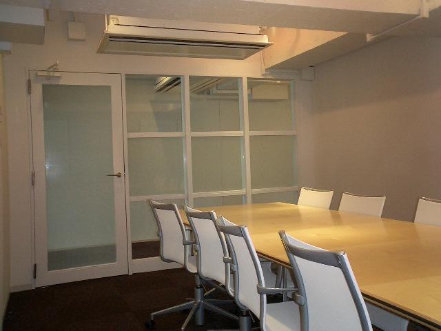 新宿御苑 スモールオフィス工事のアイキャッチ画像