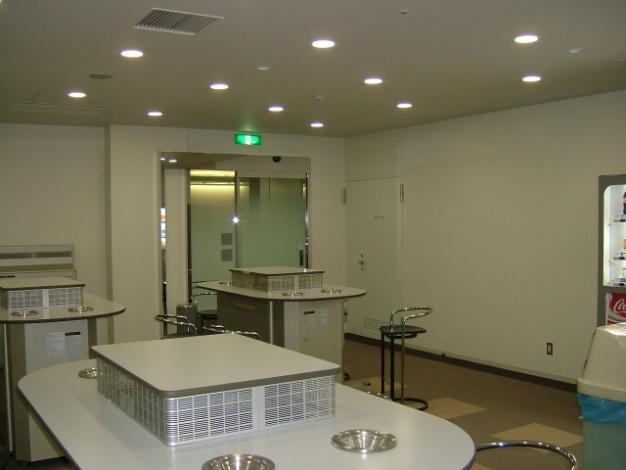 ワールドビジネスガーデン内喫煙室 新設工事のアイキャッチ画像